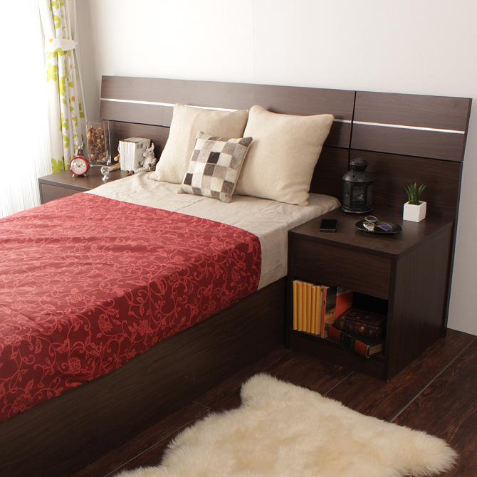 ホテルスタイルナイトテーブル シェルト 両サイドにナイトテーブルを置くことも可能