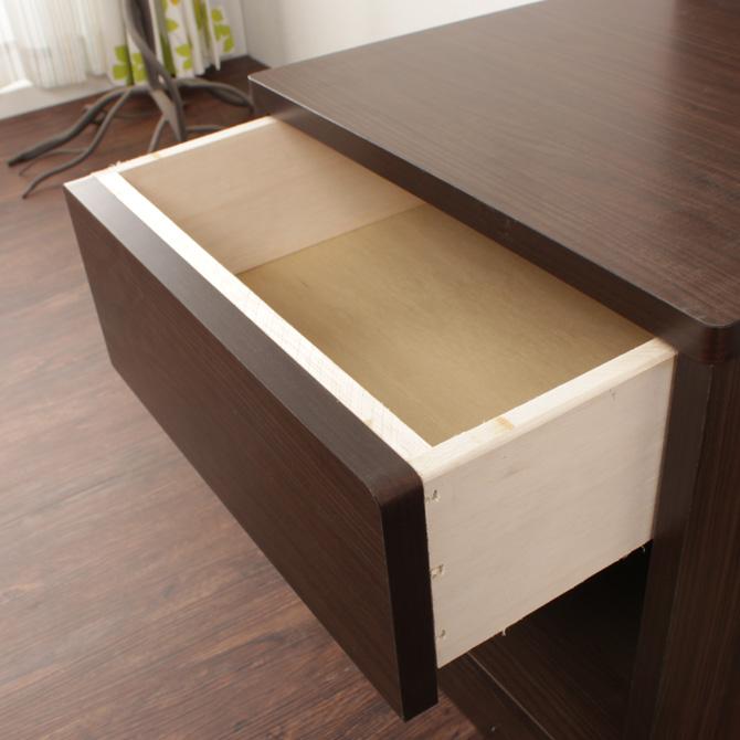 ホテルスタイルナイトテーブル シェルト 小物を収納できる引き出しが付いています。