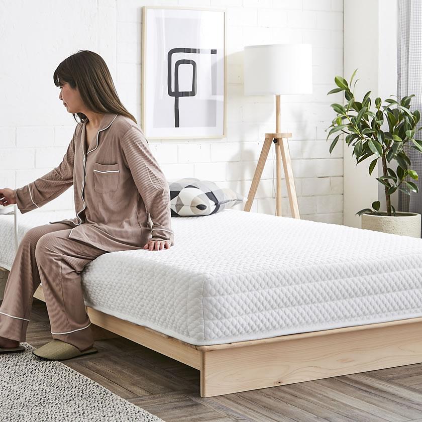 ロータイプ すのこベッド 檜ベッド ステージベッド シングル木製ベッド 国産檜を贅沢に使用  北欧風 和モダン ひのきベッド 檜すのこベッド