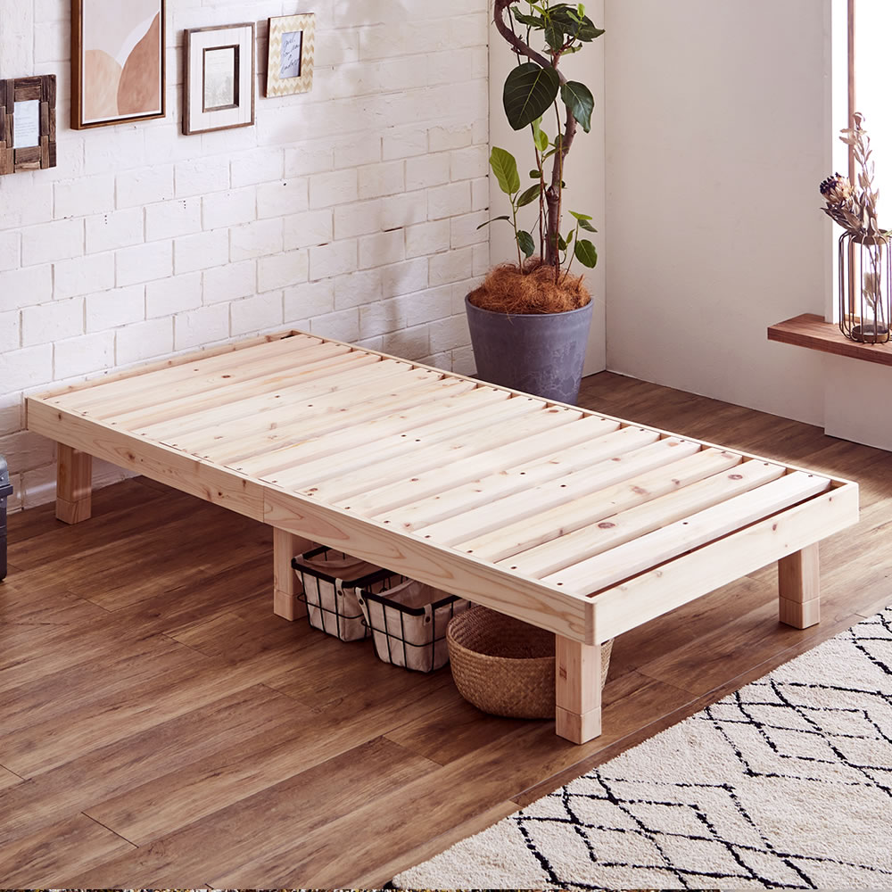 フレーム、すのこ全て檜材を使用したベッド