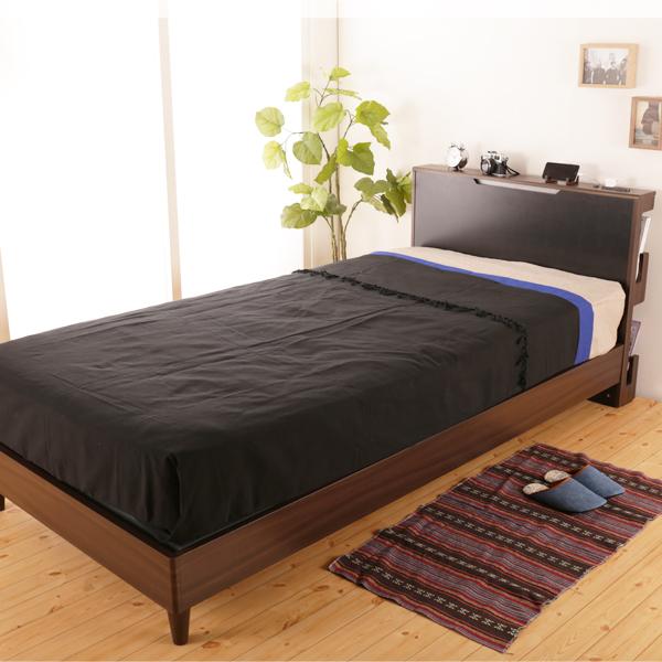 スマホが置ける棚付き木製ベッド