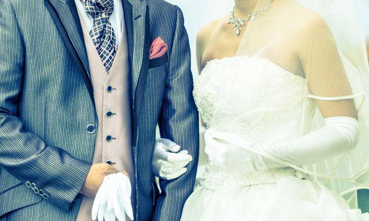 夫婦に合うのはダブルベッドかクイーンベッドかベッドサイズの違いで悩まれている方へ