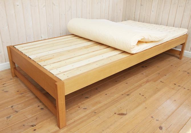 タモ材頑丈すのこベッド