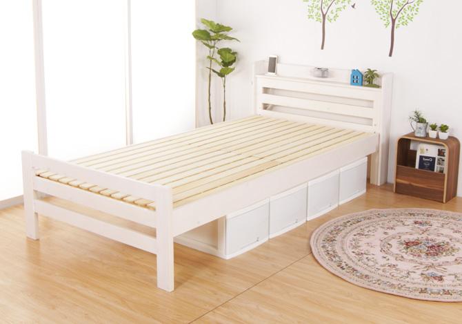 カントリー調天然木製ベッド