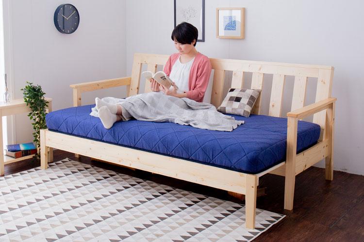 機能的で通気性もバツグンな、すのこタイプのソファベッド